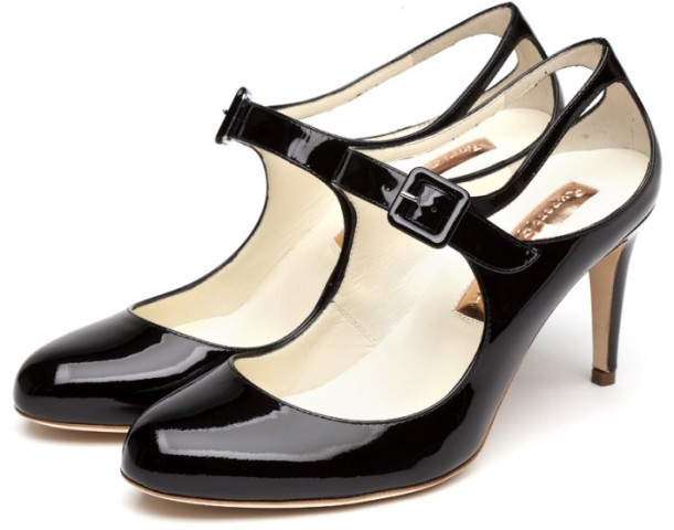 What to Wear with Black Shoes for Women – 10 Best Black Shoes ...