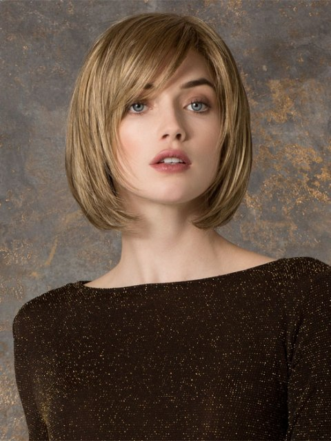 Short haircuts for thick hair for Oval Face