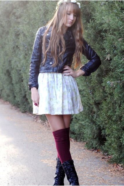 WEAR COMBAT BOOTS WITH A CASUAL SPRING DRESS - 2