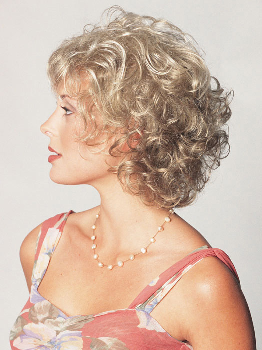 Beautiful short hair styles for curly hair