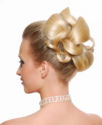 Updos for medium blonde hair