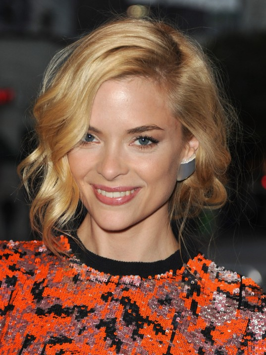 Wavy Bob - Short Hairstyles for Fine Hair