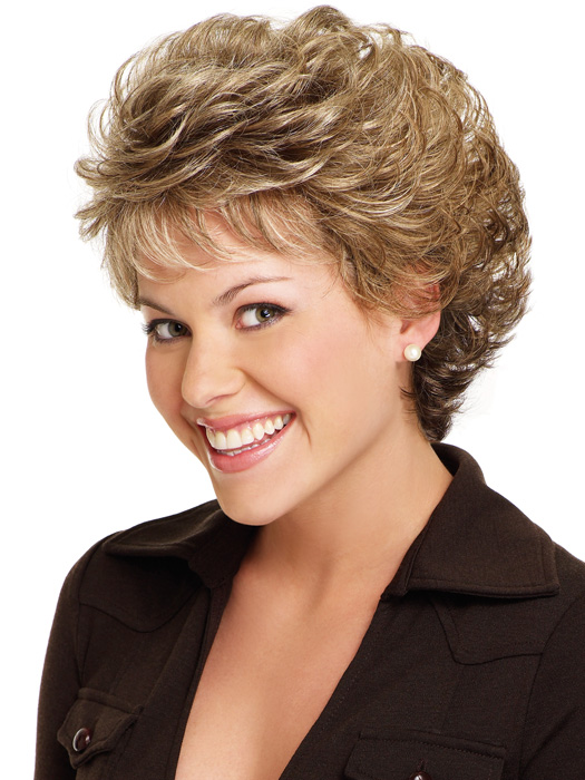 16 Fabulous Short Hairstyles for Curly Hair | Olixe - Style Magazine