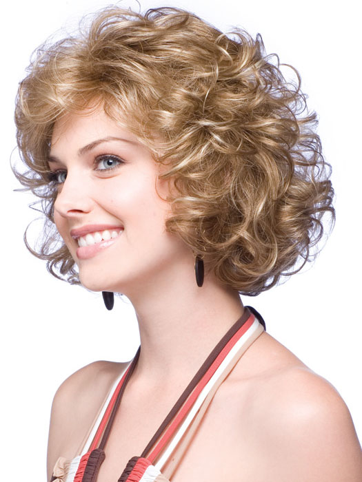 Awe Inspiring 15 Short Hair Styles For Curly Hair Olixe Style Magazine For Women Hairstyles For Women Draintrainus