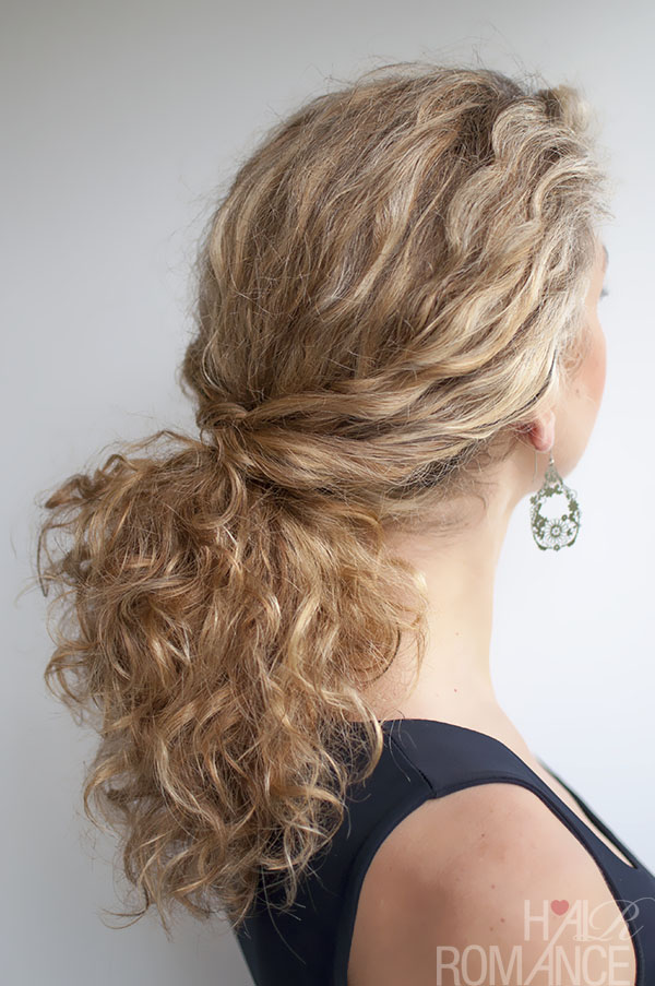 Twisted Ponytail - Easy Hairstyles for Curly Hair