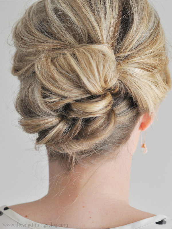 5 Easy updos for medium hair