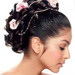 flower-girl-hairstyles-for-wedding-with-accessories
