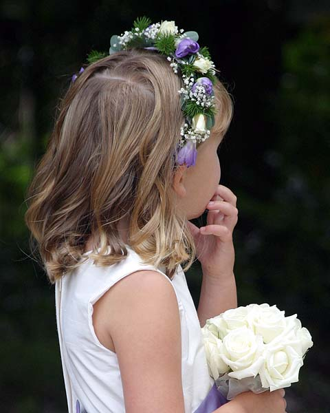 9 Beautiful Flower Girl Hairstyles 0ba461187d3